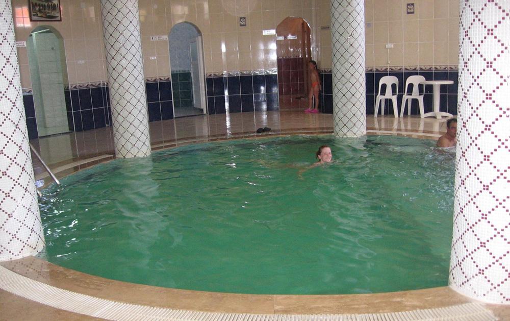 Бассейн – обязательная часть турецкой бани хаммам