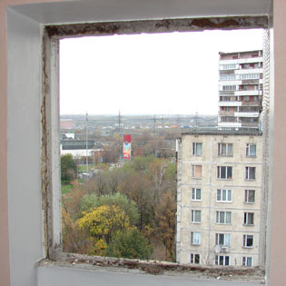 Оконный проем подготовлен для установки окна