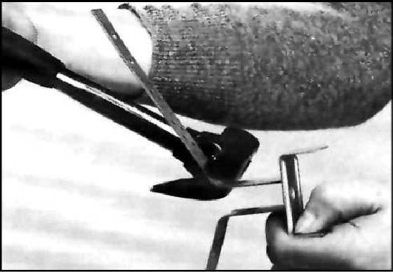 Крепеж для коньковой черепицы