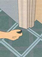 Укладка линолеума в дверном проеме