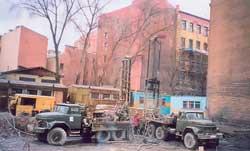 Выполнение работ по устройству буронабивных свай с использованием проходных шнеков (ПБУ-50) на Клинском пр. (1996 г.)